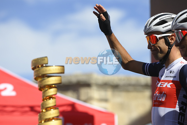 Vincenzo Nibali (ITA) Trek-Segafredo at sign on before the start of Stage 7 of the 103rd edition of the Giro d'Italia 2020 running 143km from Matera to Brindisi, Sicily, Italy. 9th October 2020.  <br /> Picture: LaPresse/Fabio Ferrari | Cyclefile<br /> <br /> All photos usage must carry mandatory copyright credit (© Cyclefile | LaPresse/Fabio Ferrari)