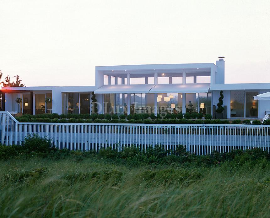 contemporary house facade