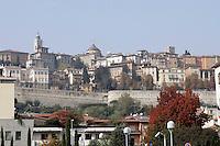 Una veduta della Citta' Alta, a Bergamo.<br /> A view of the upper town of Bergamo.<br /> UPDATE IMAGES PRESS/Riccardo De Luca