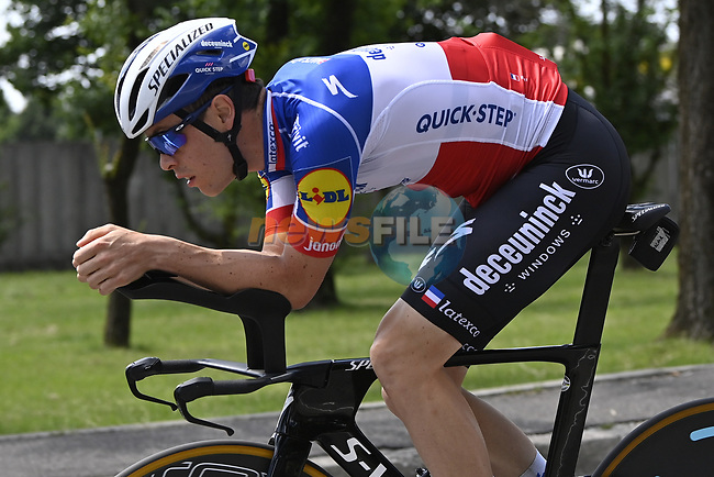 Rémi Cavagna (FRA) Deceuninck-Quick Step recons the course before Stage 21 of the 2021 Giro d'Italia, an individual time trial running 30.3km from Senago to Milan, Italy. 30th May 2021.  <br /> Picture: LaPresse/Fabio Ferrari | Cyclefile<br /> <br /> All photos usage must carry mandatory copyright credit (© Cyclefile | LaPresse/Fabio Ferrari)