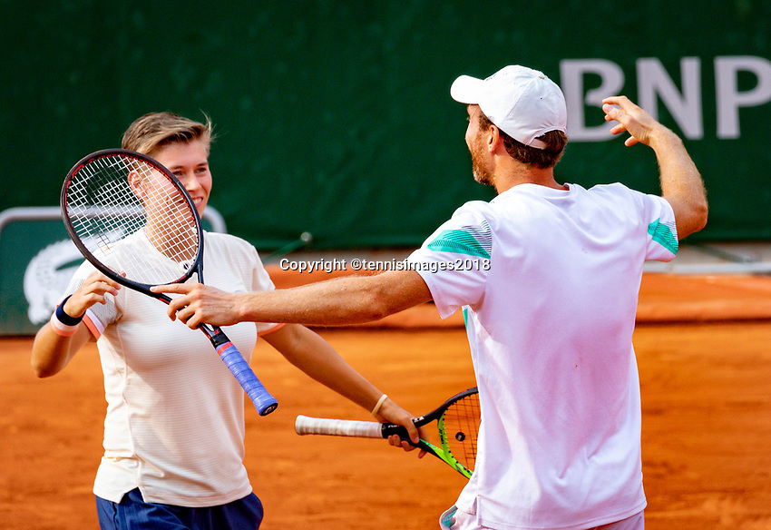 Paris, France, 02 June, 2018, Tennis, French Open, Roland Garros, Mixed doubles: Demi Schuurs (NED and Matwe Middelkoop (NED) celebrate their win<br /> Photo: Henk Koster/tennisimages.com