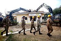 20181126 Demolizione villa dei Casamonica alla Romanina
