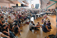 Concours de danse fisel.C'est le seul concours de danse ou les spectateurs sont plus nombreux que les danseurs