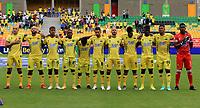 BUCARAMANGA - COLOMBIA, 12-09-2021: Jugadores de Atletico Bucaramanga durante de partido entre Atletico Bucaramanga y Millonarios F. C. de la fecha 9 por la Liga BetPlay DIMAYOR II 2021, jugado en el estadio Alfonso Lopez de la ciudad de Bucaramanga. / Players of Atletico Bucaramanga during a match between Atletico Bucaramanga and Millonarios F. C. of the 9th date for the BetPlay DIMAYOR II 2021 League at the Alfonso Lopez stadium in Bucaramanga city. / Photo: VizzorImage / Jaime Moreno / Cont.