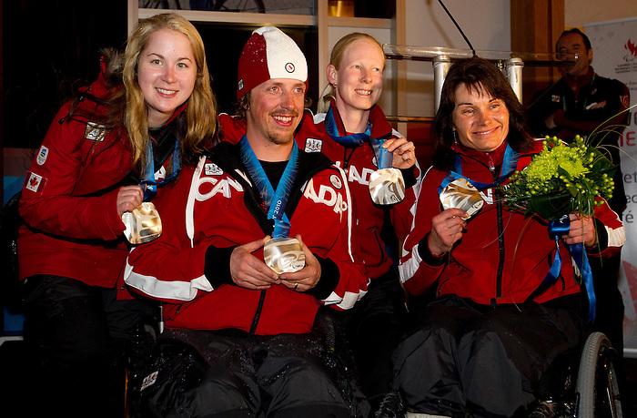 Lindsey Debout, Josh Dueck, Viviane Forest, and Colette Bourgonje, Vancouver 2010.<br /> Highlights from the medallists celebration // Faits saillants de la célébration des médaillés. 14/03/2010.