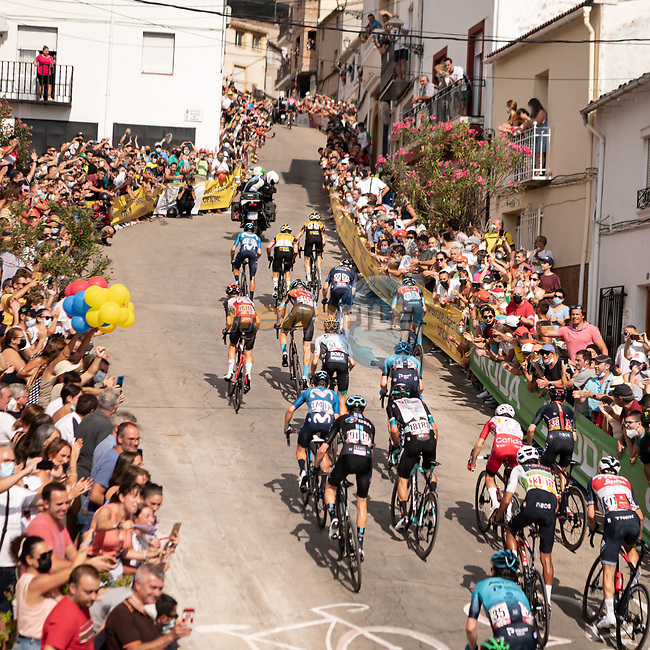 The brutal final climb during Stage 11 of La Vuelta d'Espana 2021, running 133.6km from Antequera to Valdepeñas de Jaén, Spain. 25th August 2021.     <br /> Picture: Cxcling   Cyclefile<br /> <br /> All photos usage must carry mandatory copyright credit (© Cyclefile   Cxcling)