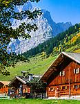 Oesterreich, Tirol, Grosser Ahornboden, alte Bauernhaeuser in der Eng, Herbststimmung, Laliderer Waende des Karwendelgebirges   Austria, Tyrol, Grosser Ahornboden, old farmhouses at Eng-Alpe, autumn mood, Laliderer Walls of Karwendel mountains