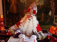 Sint in het Kasteel van Sinterklaas in Helmond.( Toestemming gekregen om de foto's redactioneel te gebruiken)