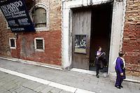 L'entrata del Palazzo Fortuny, sede del museo omonimo, a Venezia.<br /> The entrance of the Palazzo Fortuny art museum in Venice.<br /> UPDATE IMAGES PRESS/Riccardo De Luca