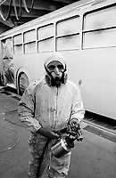 - ATM (Azienda Trasporti Milanesi), officina manutenzione autobus di viale Molise (1982)....- ATM (Milan Transports Company),  bus maintenance workshop of Molise avenue (1982)
