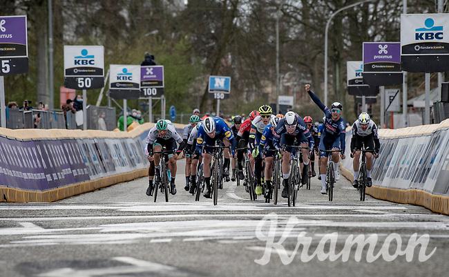 Jasper Philipsen (BEL/Alpecin-Fenix) outsprinting Sam Bennett (IRE/Deceuninck - Quick Step) & Mark Cavendish (GBR/Deceuninck - Quick Step) for victory<br /> <br /> 109th Scheldeprijs 2021 (ME/1.Pro)<br /> 1 day race from Terneuzen (NED) to Schoten (BEL): 194km<br /> <br /> ©kramon