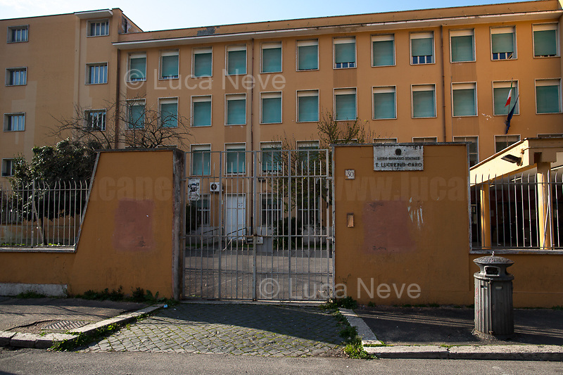 School: closed.<br />