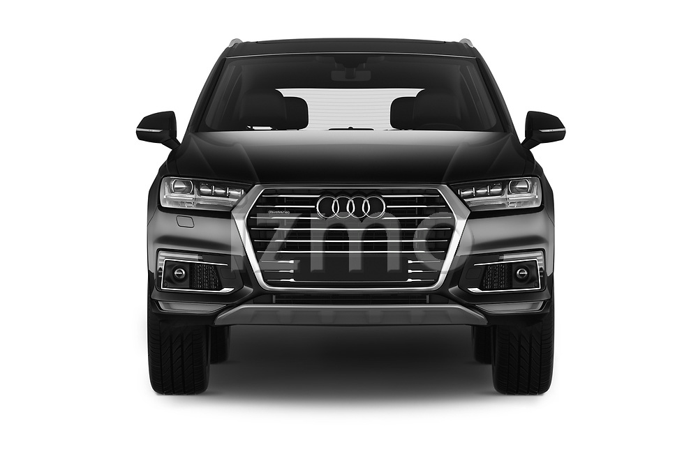 Car photography straight front view of a 2017 Audi Q7-e-Tron Avus 5 Door SUV Front View