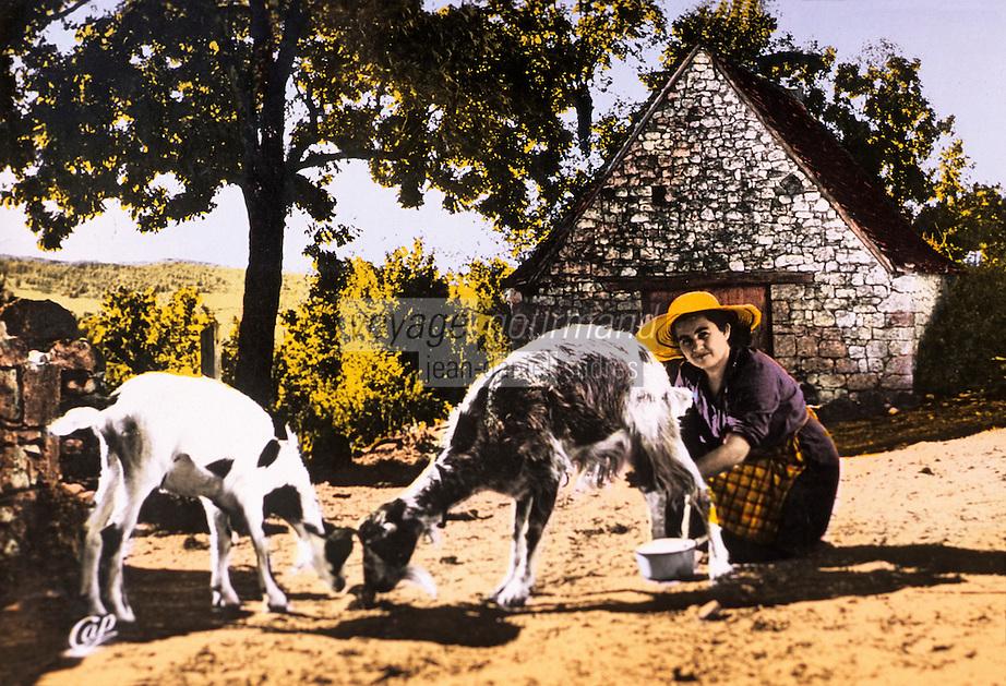 """Europe/France/Midi-Pyrénées/46/Lot/Env de Rocamadour: Carte postale ancienne collection du centre d'interprétation du Causse de Rocamadour """"Ferme de Justine"""" AOC Rocamadour"""