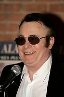 Le chanteur francais Alain Barriere en visite a Montreal pour lancer l'album MES PLUS GRANDS SUCCES et le livre MA VIE, en fevrier 2006.<br /> <br /> PHOTO : Agence Quebec Presse - Pierre Roussel