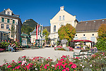 Austria; Styria; Styrian Salzkammergut; Ausseer Land, Bad Aussee: centre with spa building | Oesterreich, Steiermark, Steirisches Salzkammergut, Ausseer Land, Bad Aussee; Kurhaus im Ortszentrum