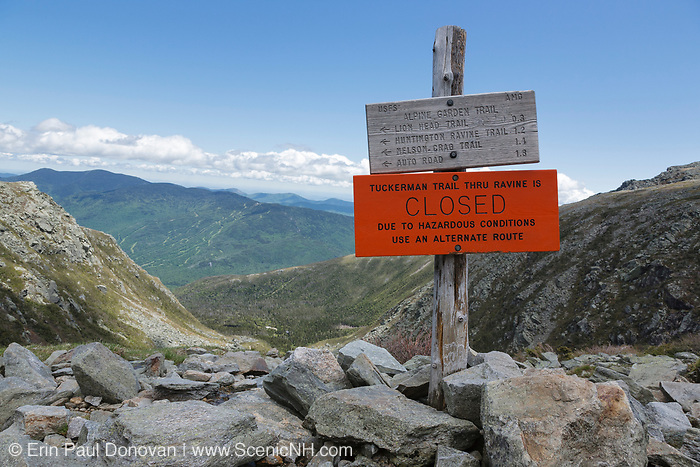 """Mount Washington - Tuckerman Ravine Trail """"Closed due to hazards conditions"""" sign in the White Mountains, New Hampshire. Mount Washington is famous for the highest wind gust ever measured on earth at 231 miles per hour on April 12, 1934."""