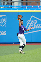 Julio Rivera (6) of South View High School in Fayetteville, NC makes a running catch in the outfield during the Atlantic Coast Prospect Showcase hosted by Perfect Game at Truist Point on August 22, 2020 in High Point, NC. (Brian Westerholt/Four Seam Images)