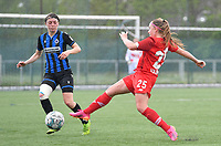 Debbie Decoene (21) of Club Brugge pictured defending on Davinia Vanmechelen (25) of Standard  during a female soccer game between Club Brugge Dames YLA and Standard Femine de Liege on the seventh matchday in Play-Off 1 of the 2020 - 2021 season of Belgian Scooore Womens Super League , saturday 15 May 2021  in Brugge , Belgium . PHOTO SPORTPIX.BE | SPP | DAVID CATRY