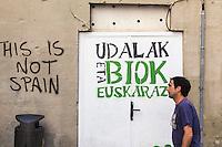 Espagne, Navarre, Pampelune: Tag indépendantistes basques  //  Spain, Navarre, Pamplona: Tag Basque separatists