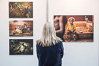 """Preisverleihung """"UNICEF-Fotos des Jahres 2018"""".<br /> First Lady Elke Buedenbender, Schirmherrin von UNICEF Deutschland, zeichnete am Donnerstag den 20 Dezember 2018 in Berlin den Spanischen Fotografen Antonio Aragon Renuncio als Gewinner des """"UNICEF-Fotos des Jahres"""" 2018 aus. <br /> Das Siegerfoto von Antonio Aragon Renuncio zeigt das Portrait eines kleinen Jungen mit Beinprotesen im """"Saint Louis Orione-Zentrum"""" in Bombouaka, Togo. Das Zentrum ist Zuflucht fuer koerperlich oder geistig behinderte Kinder, welche von ihren Familien verstossen wurden.<br /> Im Bild: Die Ausstellung """"UNICEF-Foto 2018"""" in den Raeumlichkeiten der Bundespressekonferenz.<br /> 20.12.2018, Berlin<br /> Copyright: Christian-Ditsch.de<br /> [Inhaltsveraendernde Manipulation des Fotos nur nach ausdruecklicher Genehmigung des Fotografen. Vereinbarungen ueber Abtretung von Persoenlichkeitsrechten/Model Release der abgebildeten Person/Personen liegen nicht vor. NO MODEL RELEASE! Nur fuer Redaktionelle Zwecke. Don't publish without copyright Christian-Ditsch.de, Veroeffentlichung nur mit Fotografennennung, sowie gegen Honorar, MwSt. und Beleg. Konto: I N G - D i B a, IBAN DE58500105175400192269, BIC INGDDEFFXXX, Kontakt: post@christian-ditsch.de<br /> Bei der Bearbeitung der Dateiinformationen darf die Urheberkennzeichnung in den EXIF- und  IPTC-Daten nicht entfernt werden, diese sind in digitalen Medien nach §95c UrhG rechtlich geschuetzt. Der Urhebervermerk wird gemaess §13 UrhG verlangt.]"""