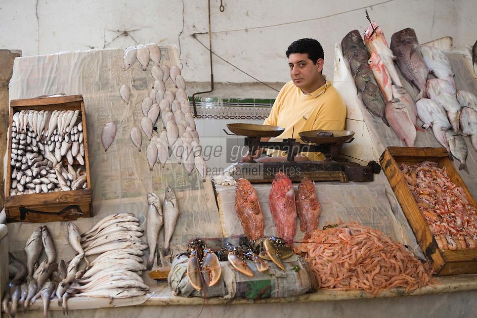 Afrique/Afrique du Nord/Maroc /Casablanca: le marché central boulevard Mohammed V détail étal d'un poissonnier