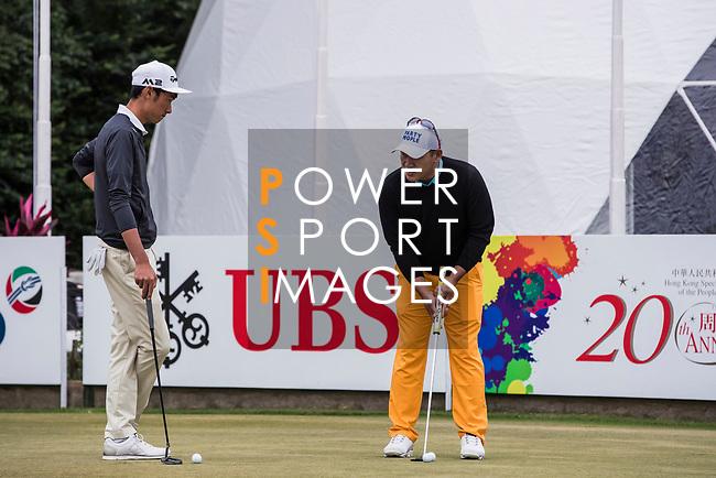 Players on putting green during the day three of UBS Hong Kong Open 2017 at the Hong Kong Golf Club on 25 November 2017, in Hong Kong, Hong Kong. Photo by Yu Chun Christopher Wong / Power Sport Images