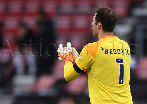 31st October 2020; Vitality Stadium, Bournemouth, Dorset, England; English Football League Championship Football, Bournemouth Athletic versus Derby County; Asmir Begovic of Bournemouth