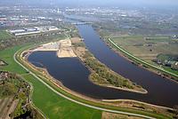 Kreetsand: EUROPA, DEUTSCHLAND, HAMBURG 18.04.2018:   Tiedeelbe Konzept Kreetsand, Hamburg Port Authority (HPA), soll auf der Ostseite der Elbinsel Wilhelmsburg zusaetzlichen Flutraum für die Elbe schaffen. Das Tidevolumen wird durch diese strombauliche Massnahme vergroessert und der Tidehub reduziert. Gleichzeitig ergeben sich neue Moeglichkeiten für eine integrative Planung und Umsetzung verschiedenster Interessen und Belange aus Hochwasserschutz, Hafennutzung, Wasserwirtschaft, Naturschutz und Naherholung.