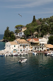 Greece, Ionian Islands, Loggos: harbour | Griechenland, Ionische Inseln, Paxos, Loggos: Hafen