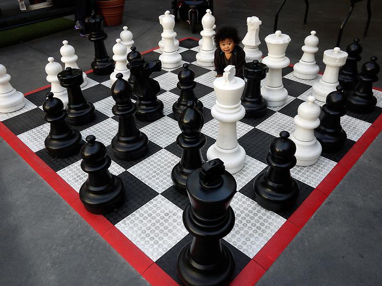 Chess Match, Fashion Valley Mall, San Diego, 2014