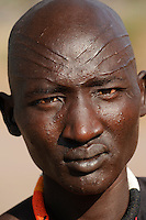 SOUTH SUDAN Rumbek , Dinka man with scar in face / SUED SUDAN Rumbek , Dinka Dhuol Gai