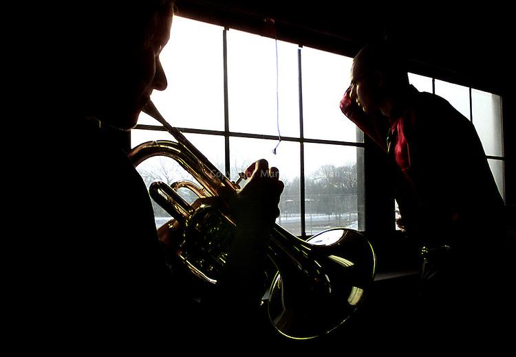 .(EYE LEVEL)--On Sat Jan 27,2001- Jazz Ensemble--On Sat Jan 27,2001. (MARK R. SULLIVAN/HNT CHIEF PHOTOGRAPHER)