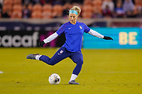 HOUSTON, TX - JANUARY 31: Julie Ertz #8 of the United States warming up during a game between Panama and USWNT at BBVA Stadium on January 31, 2020 in Houston, Texas.