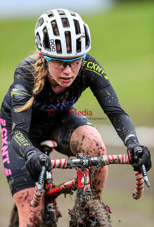 Niamh Black, Under 19 Women. 2016 Cyclocross National Championships, Moonshine Park, Upper Hutt, Wellington New Zealand. Saturday 6 August 2016. Photo: Simon Watts/www.bwmedia.co.nz