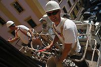 Operai edili. Construction workers.