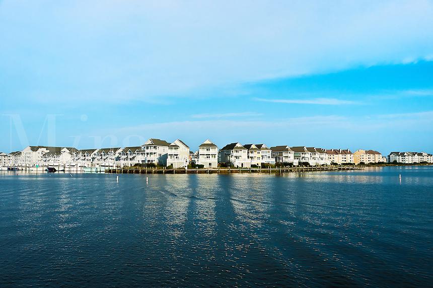 Waterfront houses, Sailfish Point, Roanoke Island, North Carolina, USA