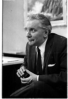 Jean Duceppe , 1969<br /> <br /> IMAGE  EN  ATTENTE D UNE NOUVELLE NUMERISATION SANS ÉGRATIGNURES<br /> <br /> <br /> PHOTO : Agence Quebec Presse
