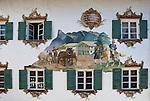 Germany, Upper Bavaria, Oberammergau: facade paintings at Hotel Old Post | Deutschland, Bayern, Oberbayern, Oberammergau: Lueftlmalerei am Hotel Alte Post