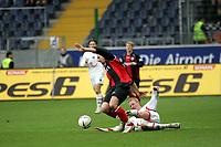 Albert Streit (Eintracht Frankfurt, l.) im Zweikampf mit Frank Fahrenhorst (Hannover 96) +++ Eintracht Frankfurt vs. Hannover 96, 03.03.2007, Commerzbak Arena Frankfurt +++ Marc Schueler, Am Wolfsberg 11, 64569 Nauheim, 0151/11654988 +++ Bild ist honorarpflichtig. Marc Schueler, Kreissparkasse Grofl-Gerau, BLZ: 50852553, Kto.: 8047714