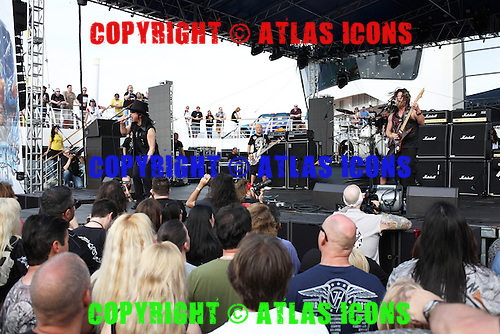 LOUDNESS, LIVE, MONSTERS OF ROCK CRUISE, 2014, NEIL ZLOZOWER