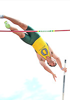 May 25, 2013: Austin Ouderkirk of Oregon #954 competes in first round of Pole Vault during NCAA Outdoor Track & Field Championships West Preliminary at Mike A. Myers Stadium in Austin, TX.