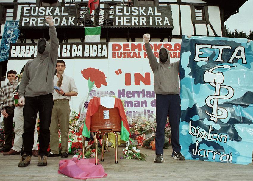 Tribute to a ETA member Inaxi Zeberio in Lizartza, 7th June 1998..Photo: Ander Gillenea.