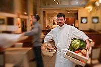 Europe/France/Bretagne/29/Finistère/Brest: Yvon Morvan restaurant: L'Armen fait au retour du marché [Non destiné à un usage publicitaire - Not intended for an advertising use]