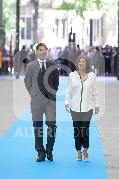Spanish tennis player Rafael `Rafa´ Nadal receives the Madrid adopted son mention from Madrid´s Mayor Ana Botella during an official ceremony at Madrid´s city council in Madrid, Spain. (ALTERPHOTOS/Victor Blanco)