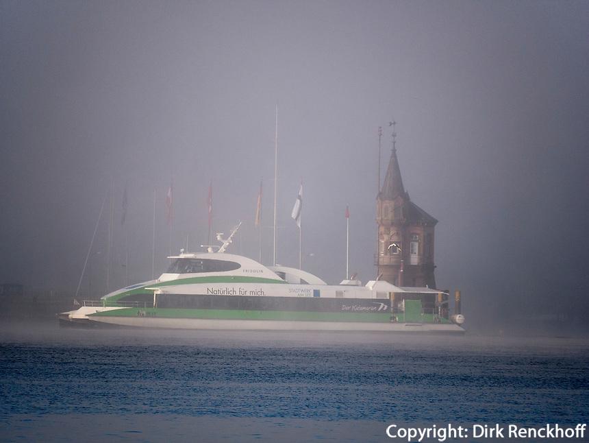 Einfahrt zum Hafen Konstanz, Baden-Württemberg, Deutschland, Europa<br /> port of Constance, Baden-Württemberg, Germany, Europe