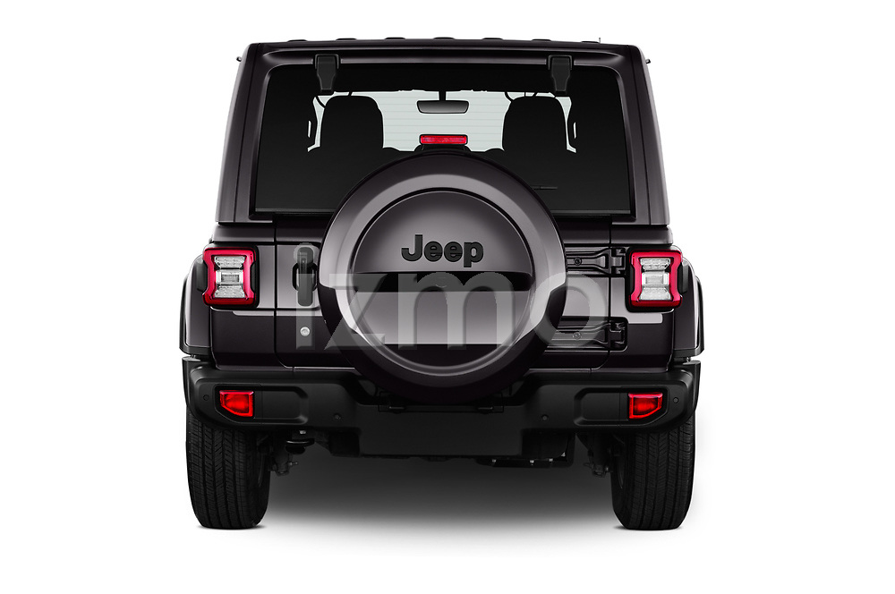 Straight rear view of a 2019 Jeep Wrangler Unlimited Sahara 5 Door SUV stock images