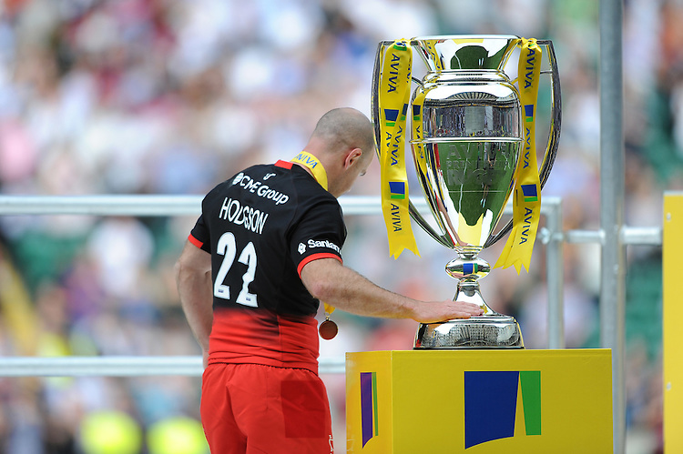 Charlie Hodgson of Saracens touches the trophy at the end of his last game, which happens to be the Aviva Premiership Rugby Final between Saracens and Exeter Chiefs at Twickenham Stadium on Saturday 28th May 2016 (Photo: Rob Munro/Stewart Communications)