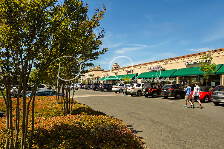 American Asset Corporation photography of the Arboretum Shopping Center, in Charlotte, North Carolina.<br /> <br /> Charlotte Photographer - PatrickSchneiderPhoto.com