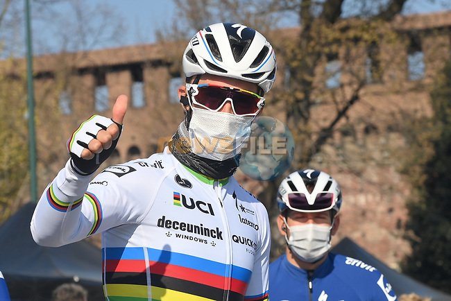 World Champion Julian Alaphilippe (FRA) Deceuninck-Quick Step at sign on before the start of Milan-San Remo 2021, running 299km from Milan to San Remo, Italy. 20th March 2021. <br /> Photo: LaPresse/Gian Mattia D'Alberto   Cyclefile<br /> <br /> All photos usage must carry mandatory copyright credit (© Cyclefile   LaPresse/Gian Mattia D'Alberto)
